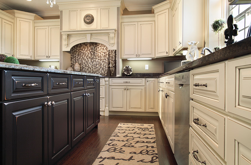 & Custom Cabinet Installation and Cabinet Design in Phoenix AZ